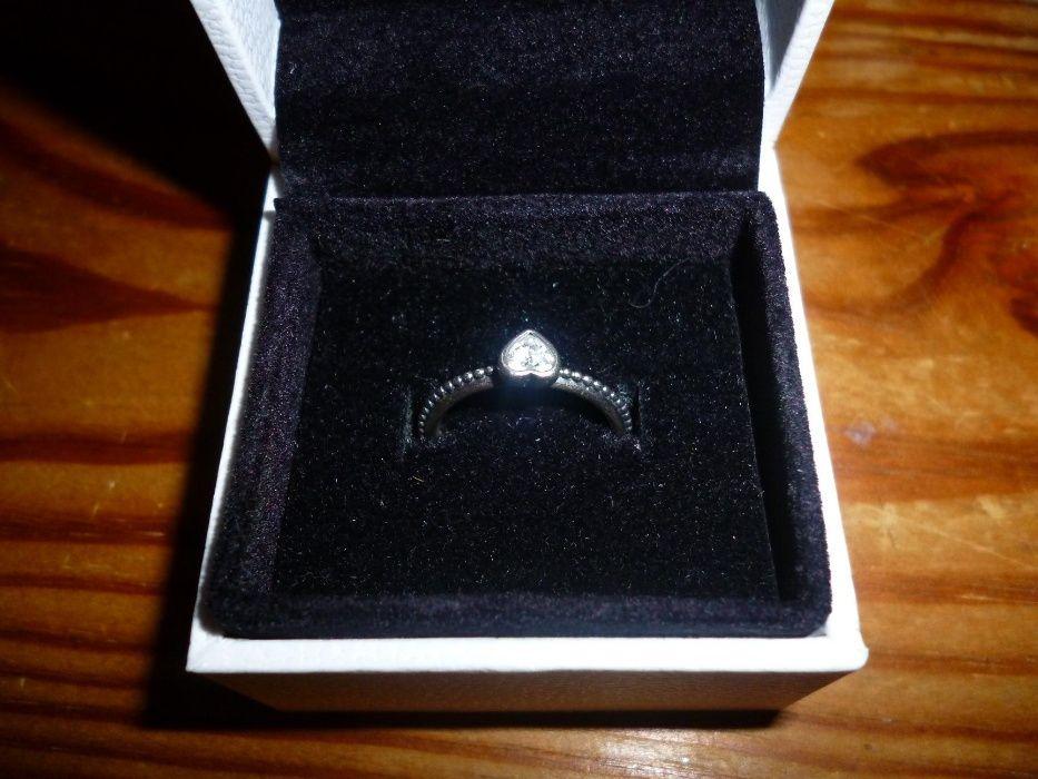 Anel original da Pandora 50 ou 52 anel coração