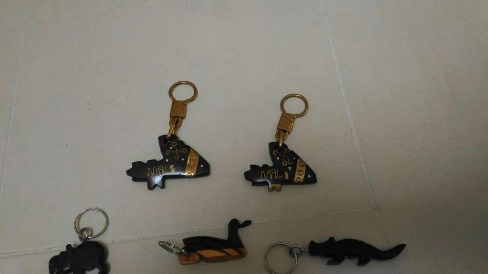 Porta chaves de madeira África Lamego (Almacave E Sé) - imagem 2
