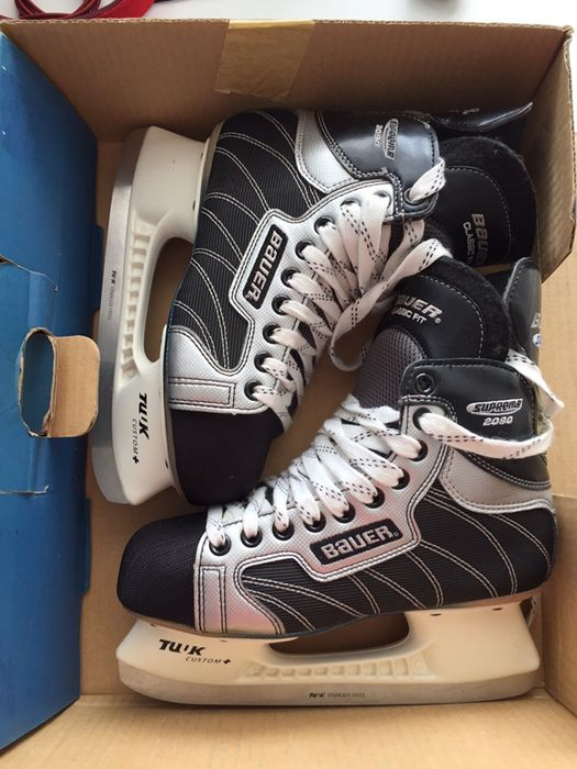 Коньки хокейные Bauer
