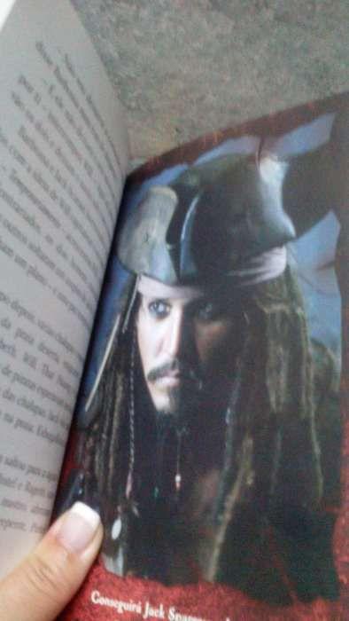 Livro Pirata das Caraíbas 'Nos Confins do Mundo' Olhão - imagem 8