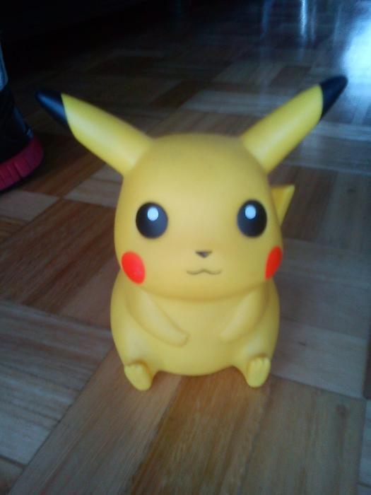 Figura Vintage Pokémon Pikachu 16 cm original Nintendo produto oficial