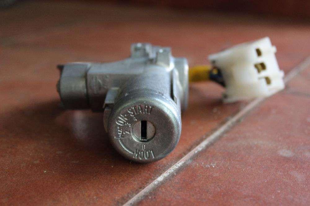 Conjunto de fechaduras e canhão ignição Nissan Almera