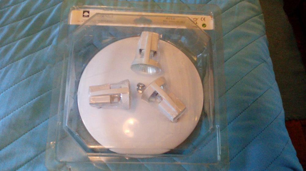 Candeeiro / Base Branca de 3 Projectores - Novo