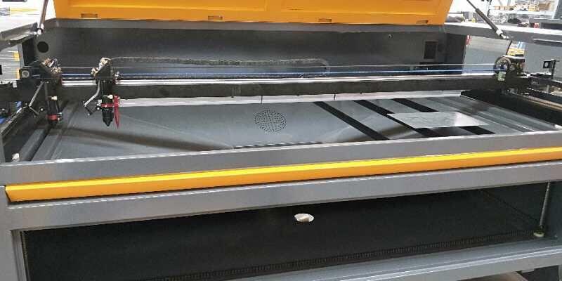 Máquina a Laser de Co2 130w- Corte e Gravação 1300x2500mm Lago - imagem 3