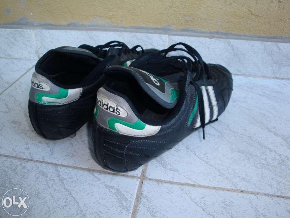 ee0e9544c5b20 Chuteiras Adidas Leiria • OLX Portugal