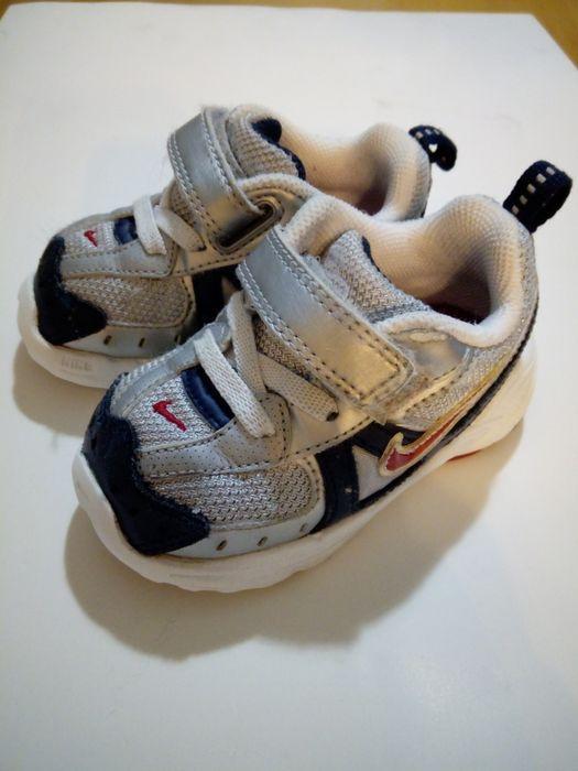 25b10f4f0b7 Arquivo  Ténis Nike de bebé. Algueirão-Mem Martins • OLX Portugal