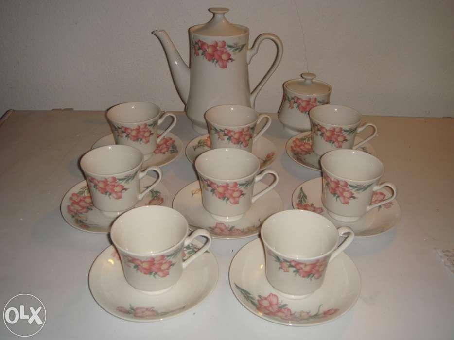 Serviço de chá,porcelana, NOVO Lamego (Almacave E Sé) - imagem 1