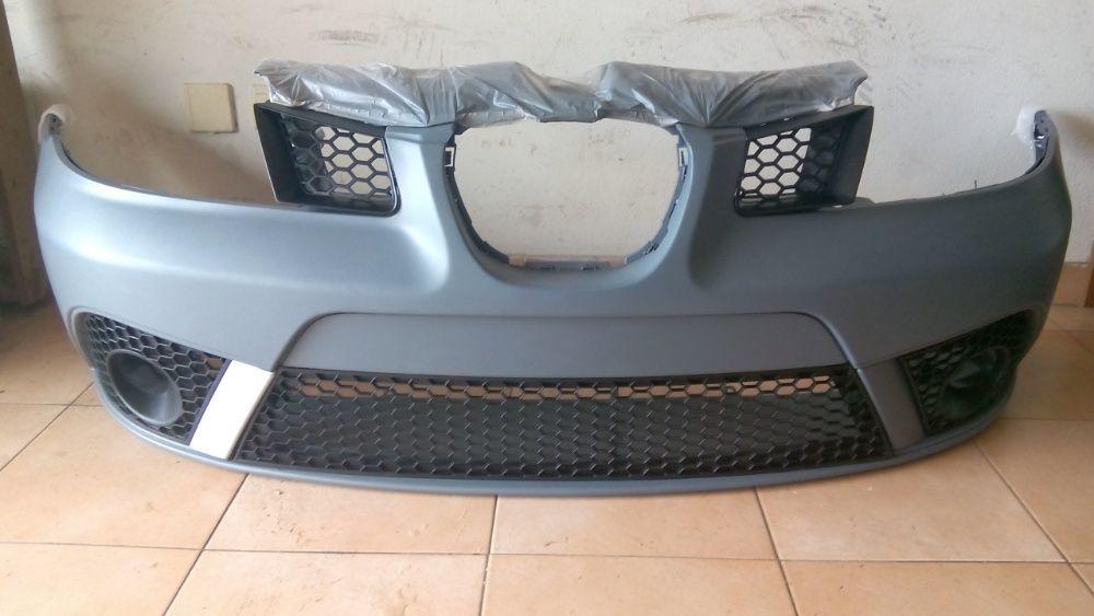 Para Choques Seat Ibiza FR + Grelhas Favo (modelo 6L 2002 a 2008)