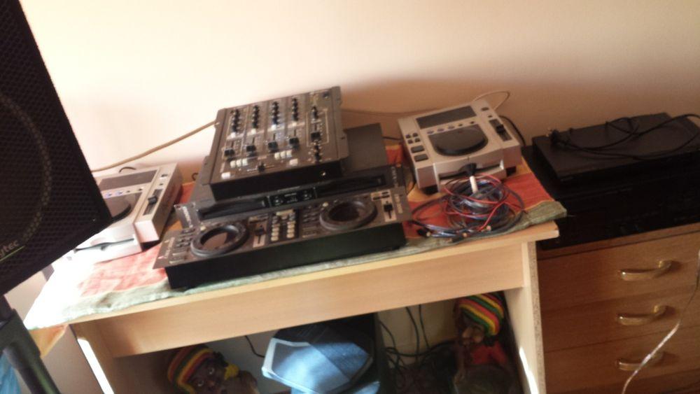 Instrumentos musicais DJ. PIONEER
