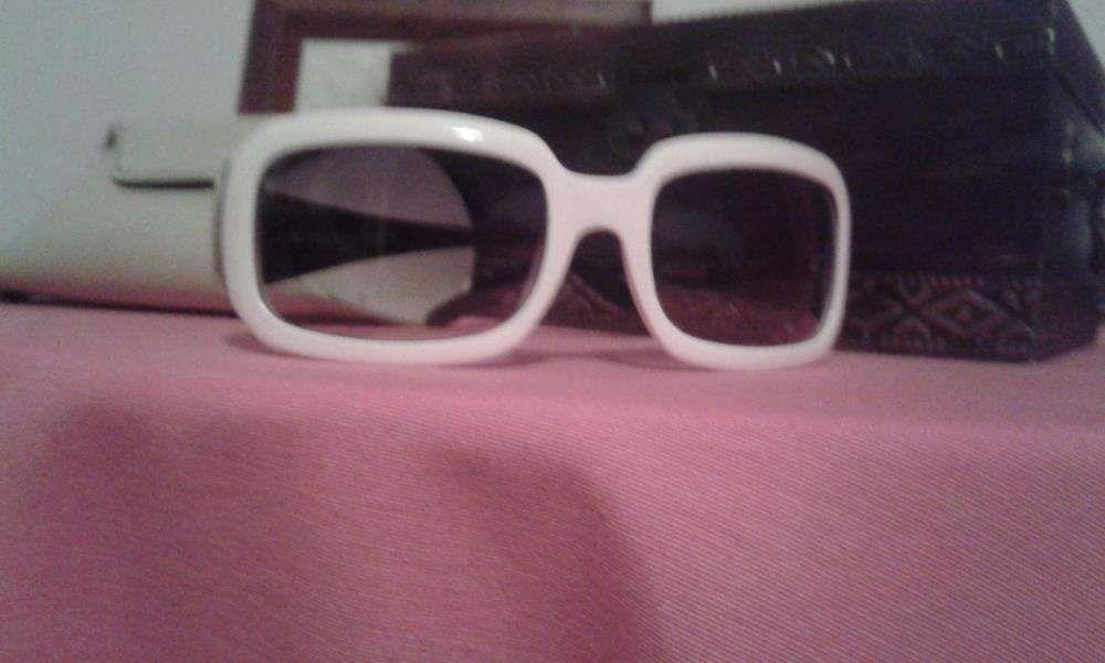 e04a08f9d Oculos de sol vogue Compra, venda e troca de anúncios - os melhores ...