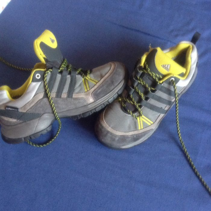 Ténis tipo montanha/caminhada Adidas climaprof tam.37,5(38)-Originais