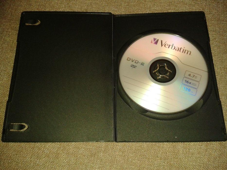 Lote de 5 DVD virgens tipo ( -R) c/caixas plásticas