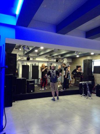Ночные клубы объявления ночные клубы москвы вход бесплатный в москве