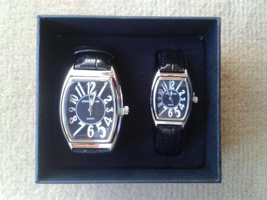 2 Relógios Quartz - Novos.