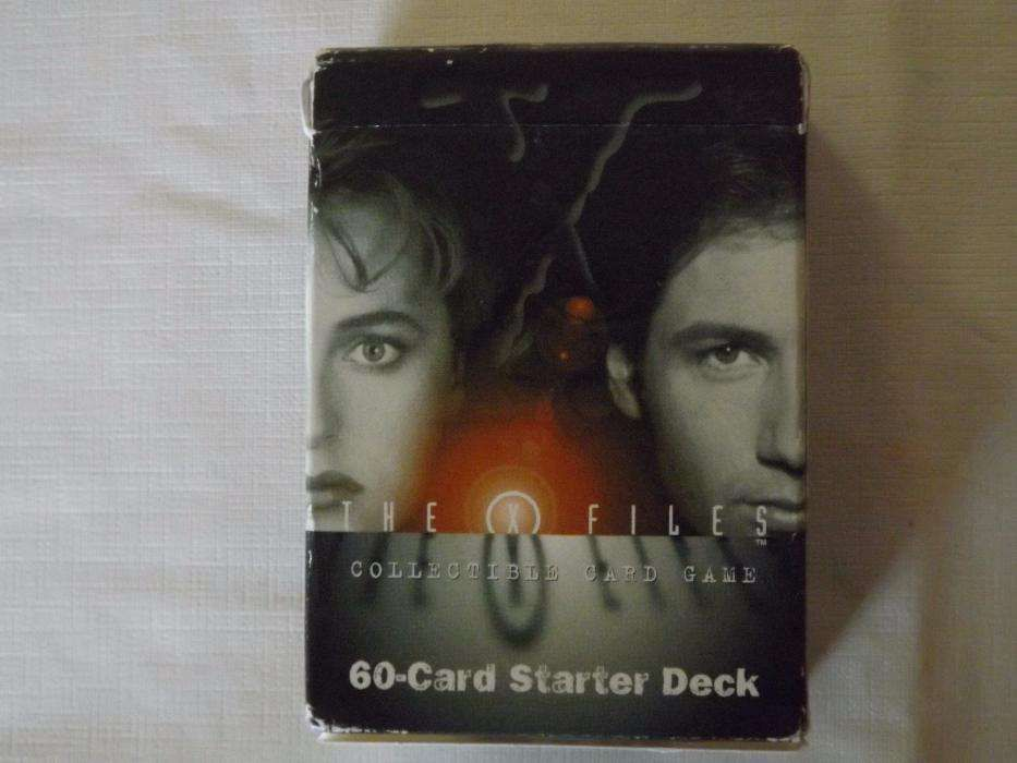 The X Files - 60 Collective Card Game
