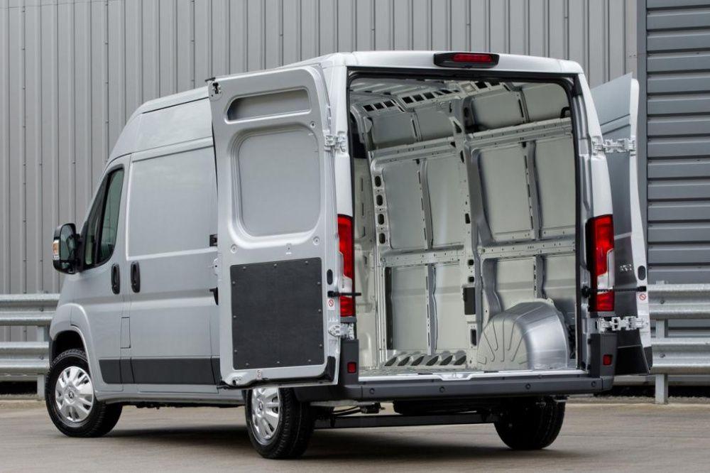 Alugamos carrinhas para Transportes e Mudanças/Van rental for movings Marvila - imagem 1