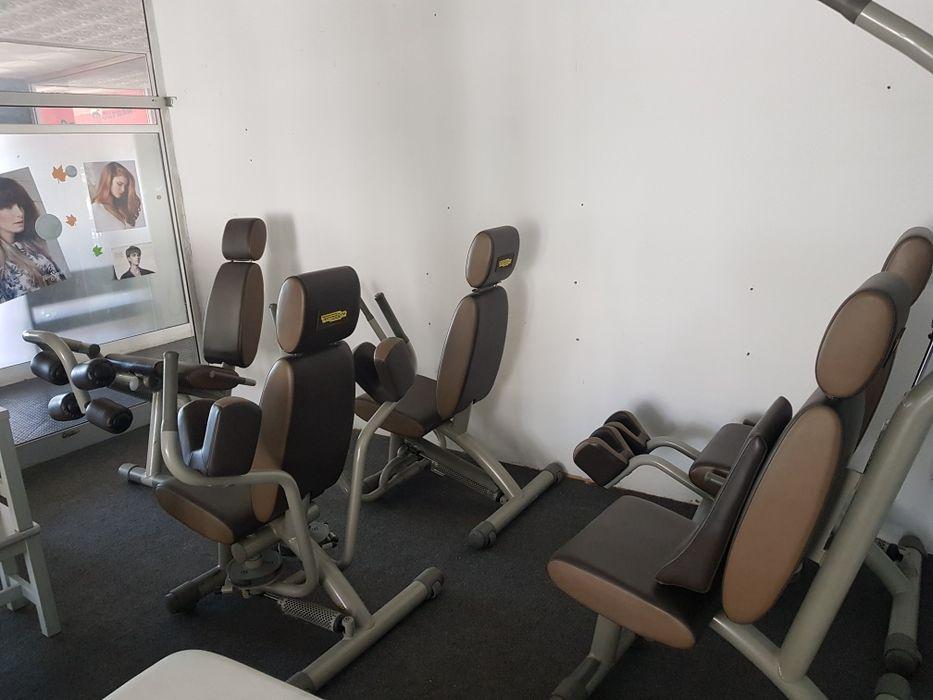 Máquinas de ginásio technogym