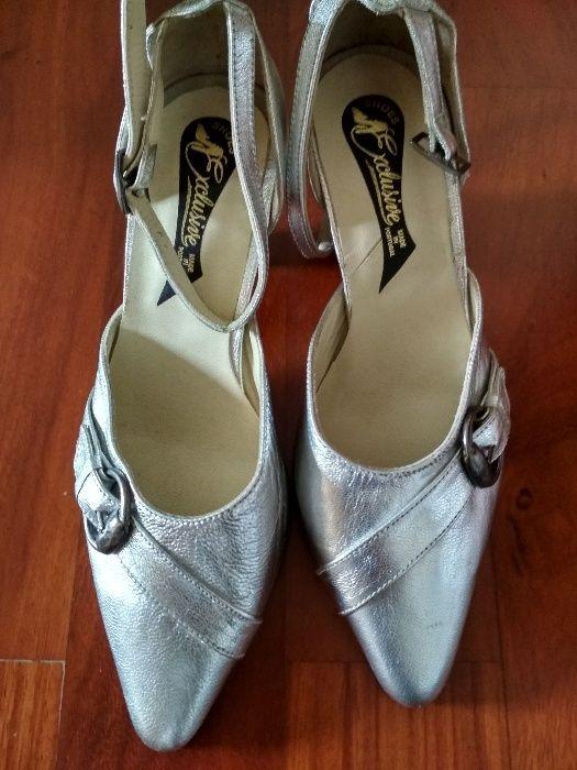 cbaa1a67e Sapato sandálias cerimónia tamanho 34 Vila Nova de Gaia • OLX Portugal