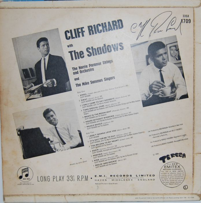 LP - Cliff Richard & The Shadows/AUTOGRAFADO