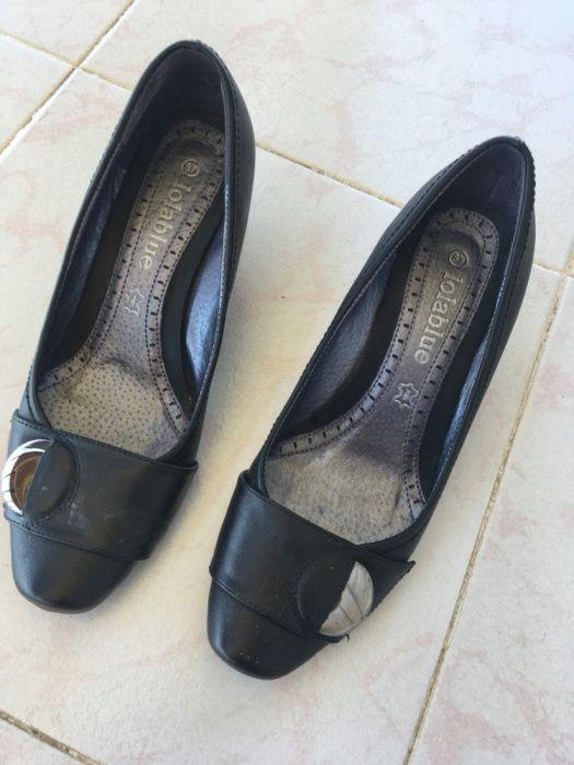 44577a2d42ba Sapatos de pele pretos Compra, venda e troca de anúncios - os ...