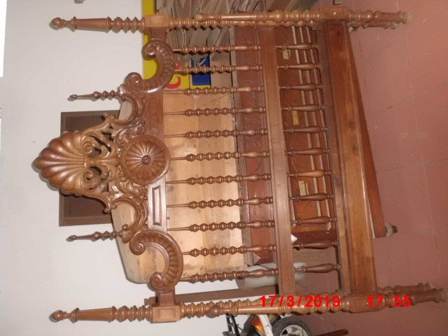 quarto em madeira de castanho tipo seculo XVII preço de ovasião