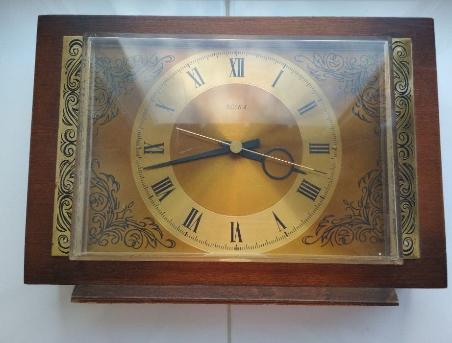 Коллекционные часы продам ломбард 1 часовой москва номер