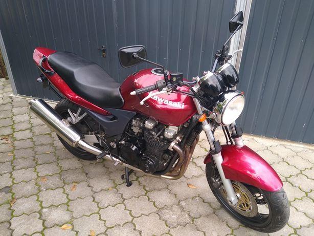 Kawasaki ZR-750N