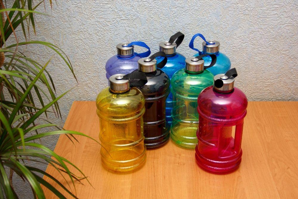 Спортивная бутылка на 2 литра массажер сапожок купить