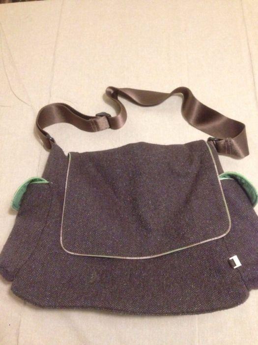 Mala bébé para muda fraldas e roupa