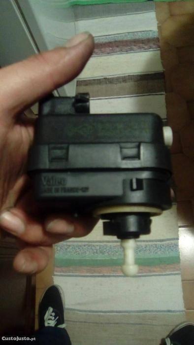 2 Motores regulaçao das luzes renault Torres Novas (São Pedro), Lapas E Ribeira Branca - imagem 1