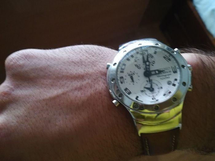10d14b189b6 Seiko Premier cronograph 100m