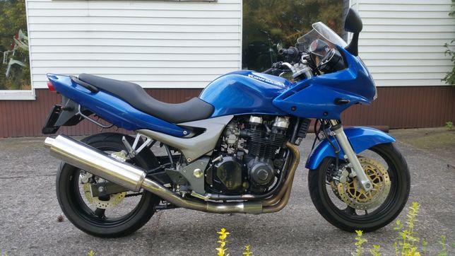 Kawasaki ZR 750N aus Tiefgarage verschwunden - Hilden