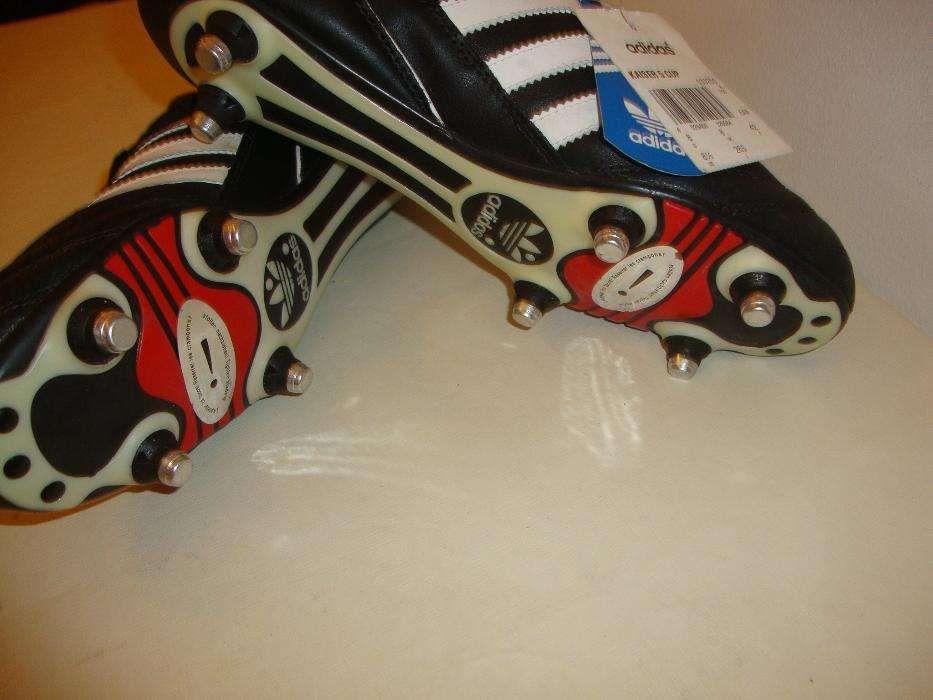03a4d8c4ded Botas de Futebol Adidas Kaiser 5 Cup e 43 Pitons Alumínio (Novos) Seixal