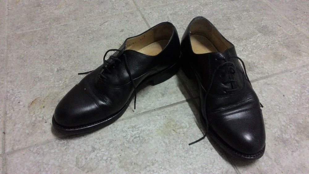1aff63097 Sapatos Homem 40 - Calçado - OLX Portugal