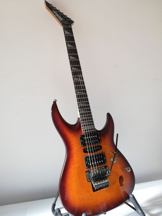 Guitarra washburn chicago series RS-940