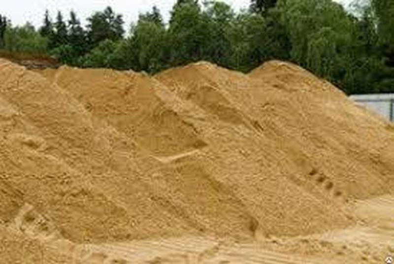Песок 750 щебень 430.Отсев 340 цемент кирпич чернозем дрова глина бут
