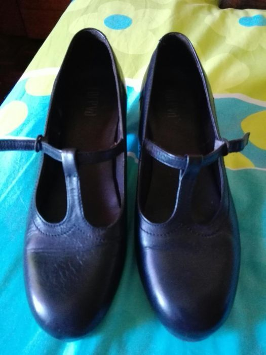 7fd3b2f32 Sapatos da Foreva - Benfica - Sapatos da Foreva pretos praticamente novos -  Benfica