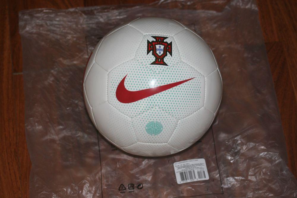 Bola Futebol Nike Portugal FPF nova Oliveira de Azeméis • OLX Portugal a914d02028ff5