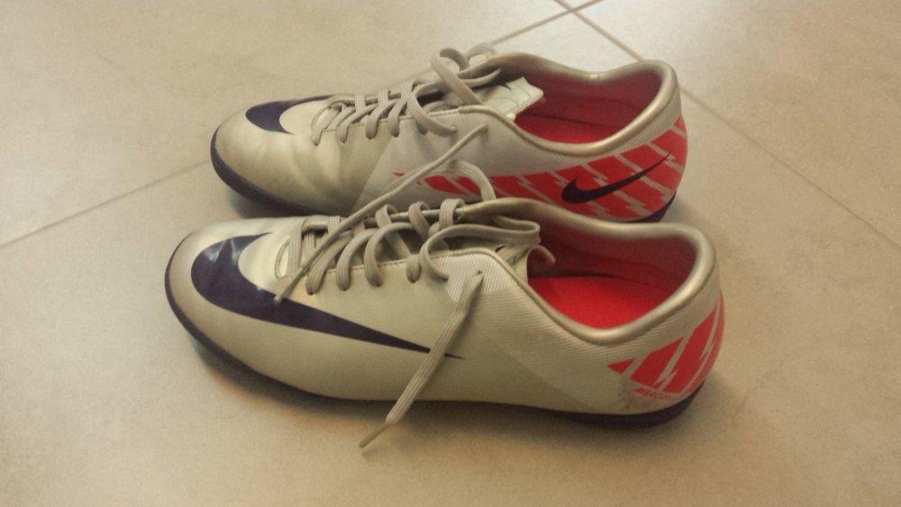 Nike 42 Futsal e Futebol OLX Portugal
