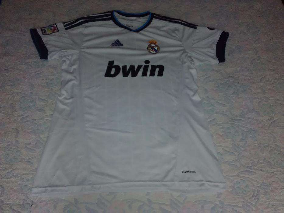 Camisola Real Madrid com patch