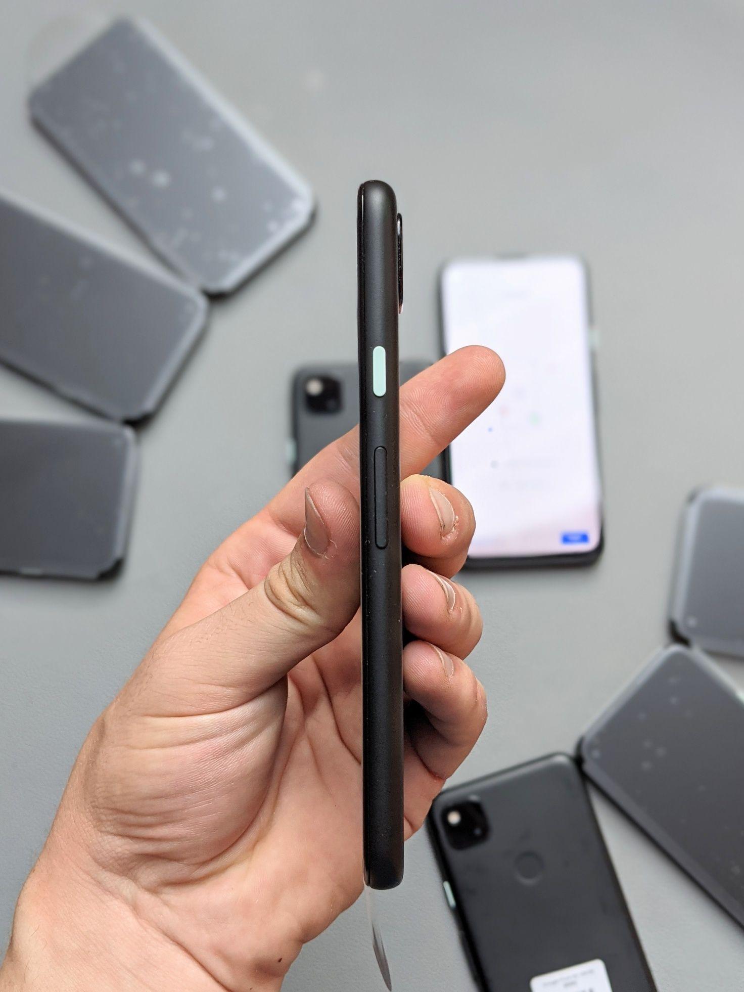 Розпродаж  Google Pixel 4a 128 GB Гарний стан Гарантія