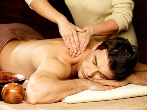 Massagem terapêutica.