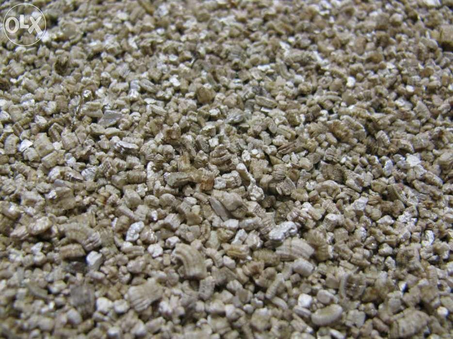 Vermiculite (Substrato p/ Plantas Carnívoras) 2 Litros
