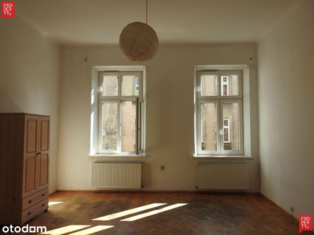 Mieszkanie 2w1 w centrum Krakowa do remontu