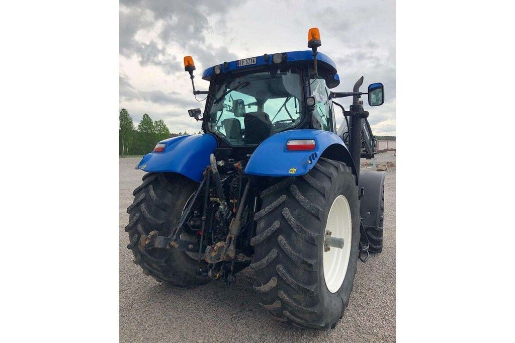 New Holland T7040  New Holland T7040 - 5