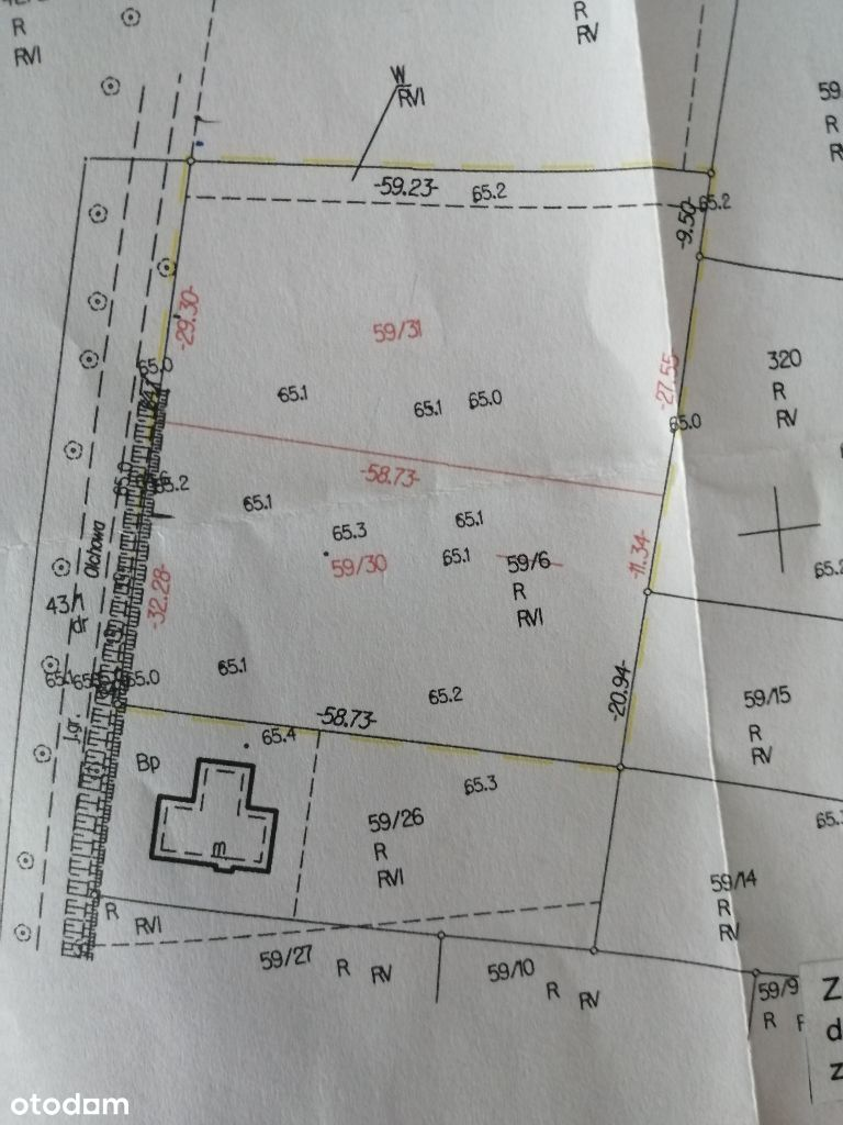 Na sprzedaż atrakcyjna działka budowlana na 2 domy