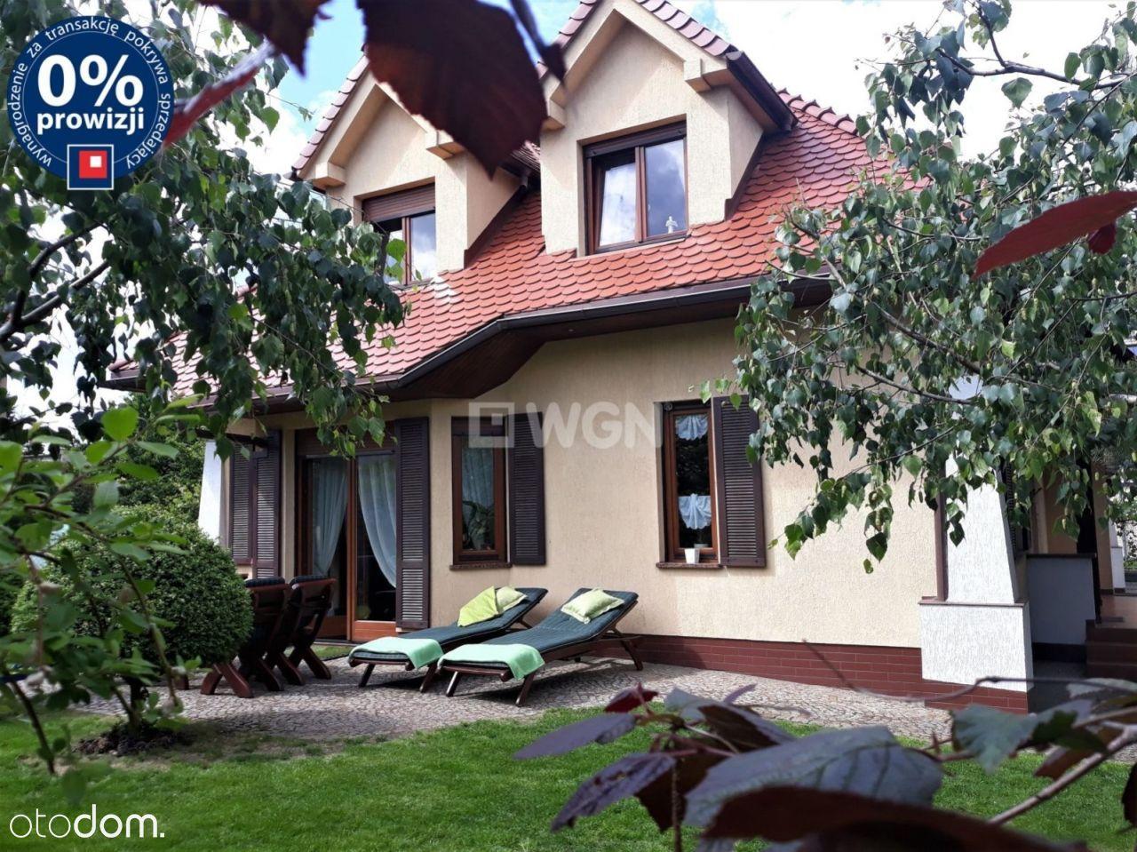Dom, 140,89 m², Legnica
