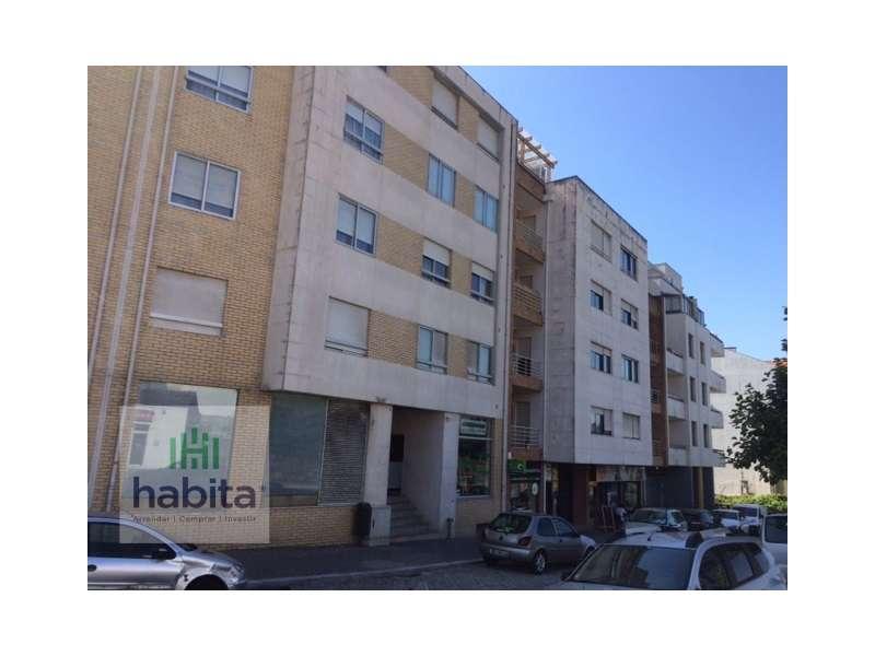 Apartamento para comprar, Rua da Igreja - Nogueira, Nogueira e Silva Escura - Foto 1