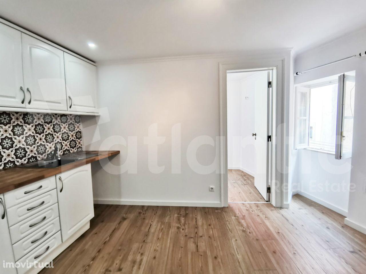 Apartamento T1 remodelado em Alfama