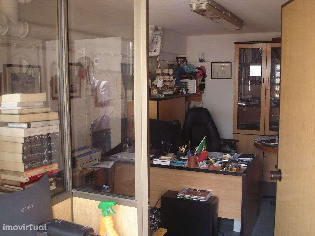Moradia para comprar, Charneca de Caparica e Sobreda, Almada, Setúbal - Foto 27